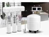 净水器:解决居家用水的必备设备