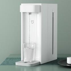 健康饮水深入人心,净水器更新换代率逐年提高