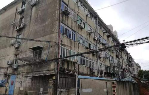 """东营东城街道:告别""""成长的烦恼"""" 老旧小区改造让旧房换""""新颜"""""""